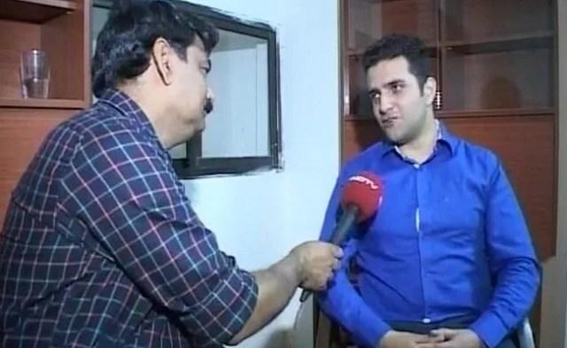 UPSC परीक्षा में दूसरा स्थान पाने वाले अतहर आमिर के लिए अनपढ़ दादा हैं रोल मॉडल