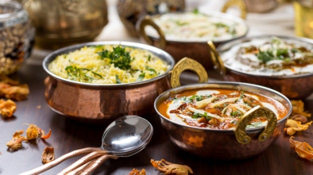 Best Caterers In Delhi Costs For Wedding Catering