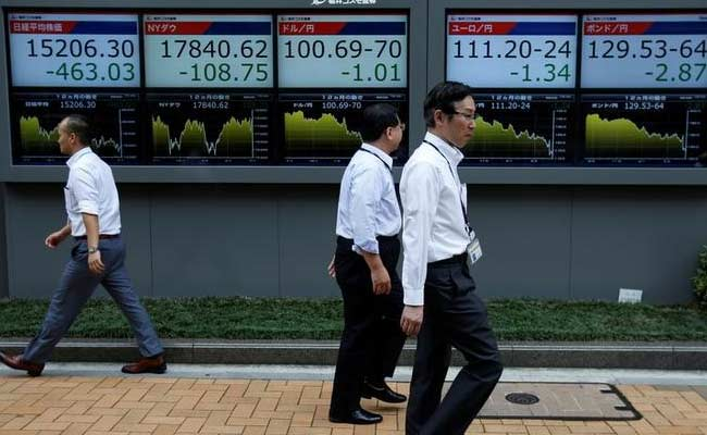 Asian Stocks Rise As Oil Tries To Claw Up From 10-Month Low