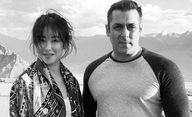 सलमान खान की फिल्म 'ट्यूबलाइट' से बॉलीवुड में डेब्यू करेगी चीन की अभिनेत्री झू झू, देखें तस्वीरें