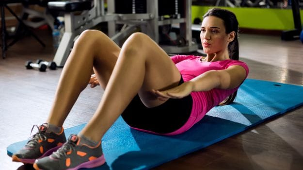 Stomach exercises you can do at home for a flat tummy
