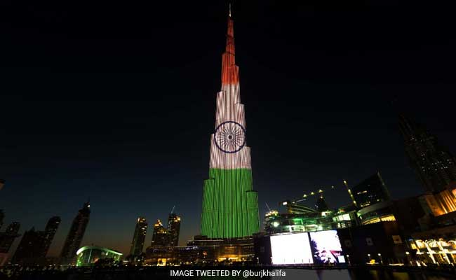Republic Day 2017: In Tribute Burj Khalifa Lit Up In Colours Of Indian Flag