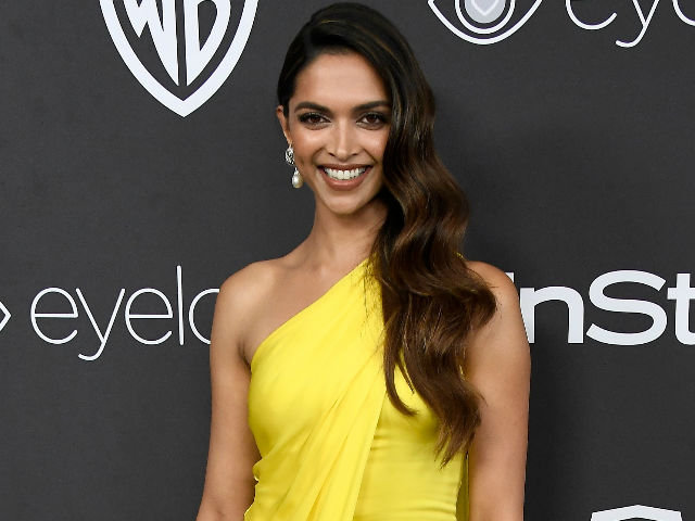 Image result for deepika padukone at golden globe awards