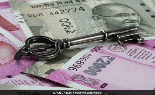 Top 1,000 Indian Companies Borrowed Rs 1 Trillion Less In FY17: Report