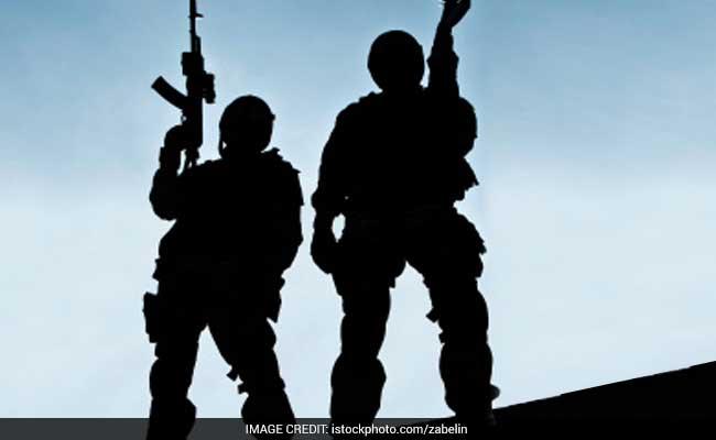 जम्मू और कश्मीर में आतंकवादियों और उनके मददगारों के खिलाफ सुरक्षाबलों का ऑपरेशन, हाथ लगे बड़े कामयाबी