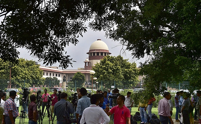 Supreme Court To Hear Petition Against Article 35A After Diwali
