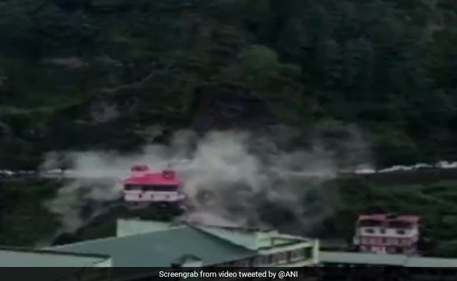 Massive Landslide On Chandigarh-Shimla National Highway, Vehicles Buried