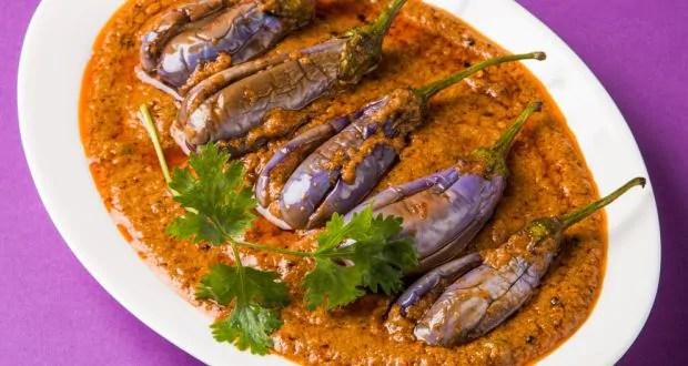 Indian Cooking Tips: How To Make Hyderabadi Bagara Baingan (Recipe Video Inside)