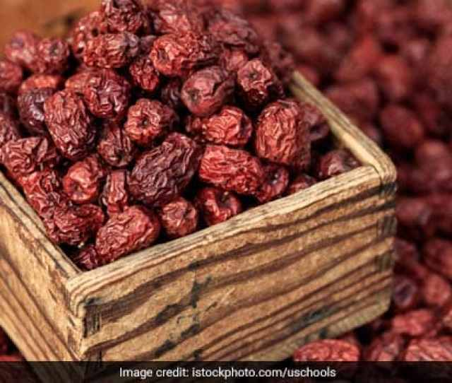7 Fantastic Dry Dates Chhuara Benefits From Bone Health To Boosting Energy And