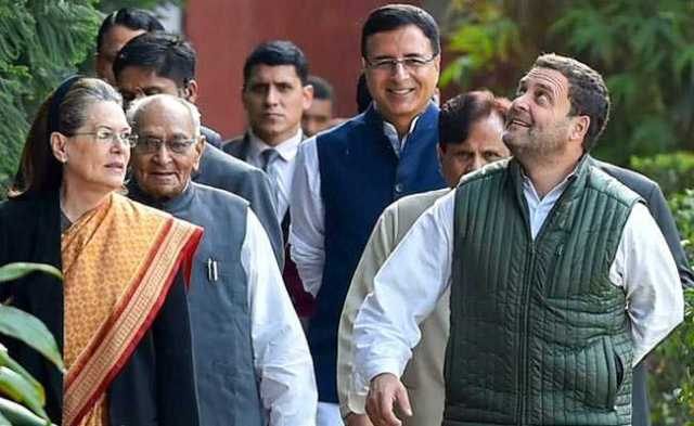 Image result for सोनिया गांधी ने दी डिनर पार्टी,