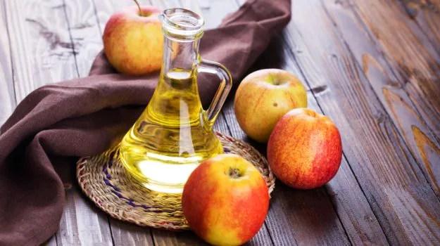 apple cider vinegar on skin
