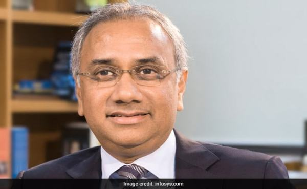 Infosys Falls 16% After Complaints Against CEO, Company Begins Probe