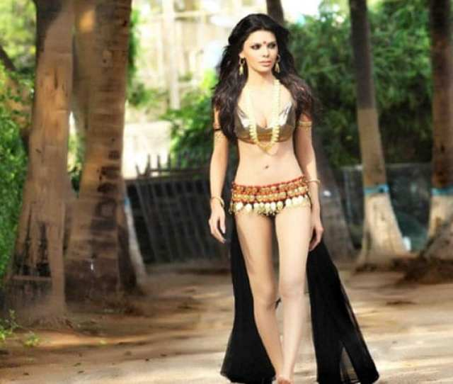Sherlyn Chopra On Way To Cannes With Kamasutra 3d