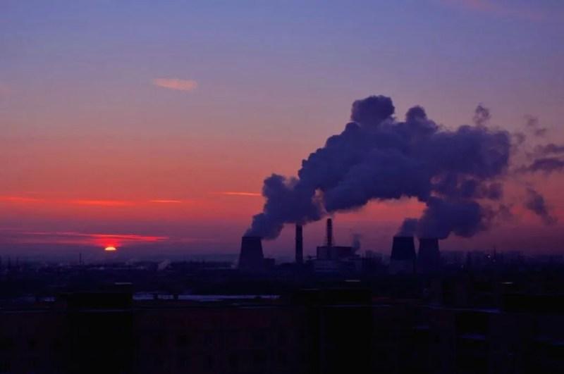 Атмосфері шкодять і опалювальні підприємства