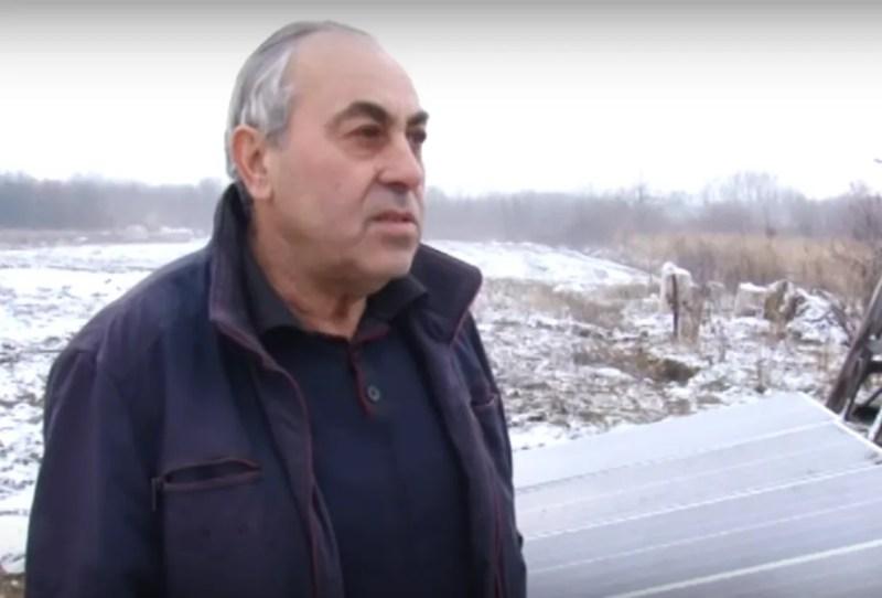 Батько Карена, Роберт Манукян, нікуди не збирається їхати з України