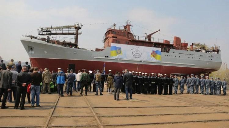 ВМС Украины получили уникальный разведкорабль: впечатляющие фото и видео
