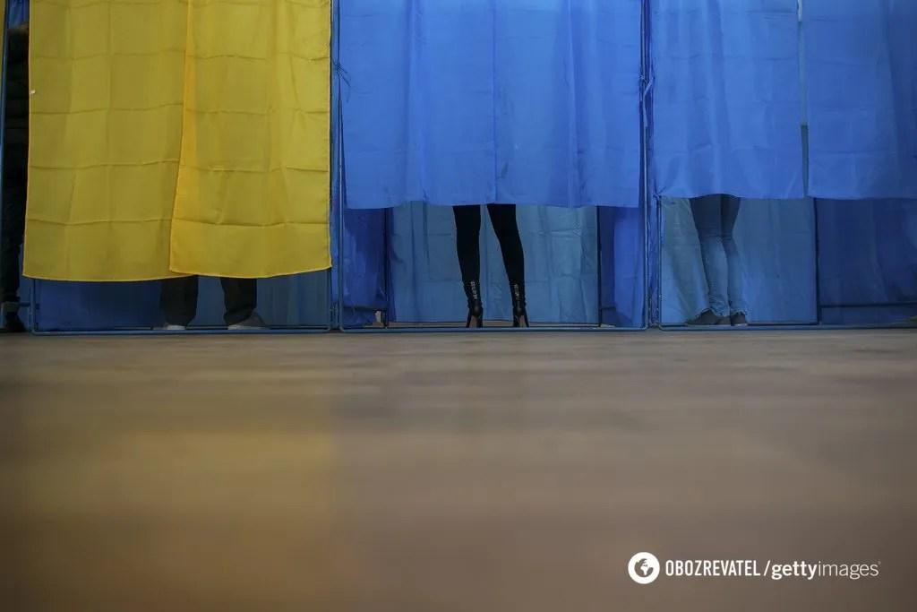 Зеленський проти Порошенка: хто вирве перемогу в другому турі. Дані закритих соцопитувань