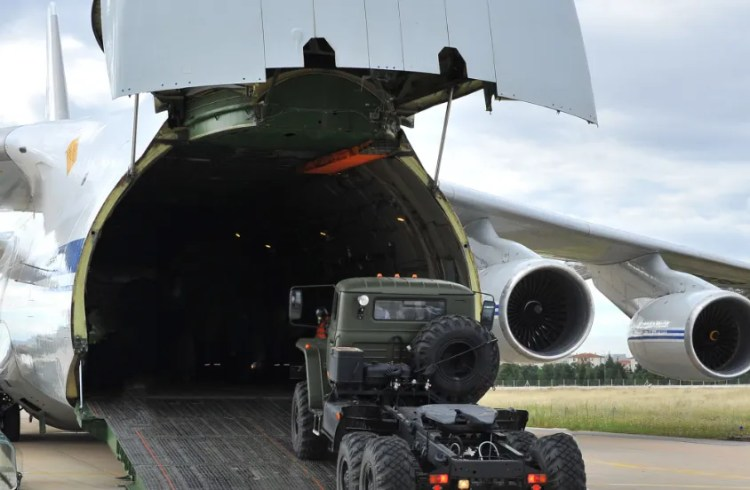 Турция похвасталась российскими С-400 и нарвалась на гнев США