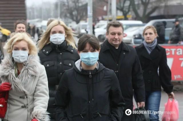 Людям, которые не имеют признаков заболевания, можно ходить без маски