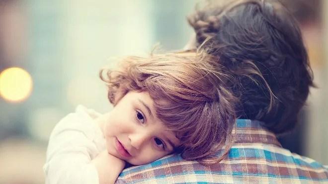 """Çocuklar neden """"sarılmak"""" ister?"""