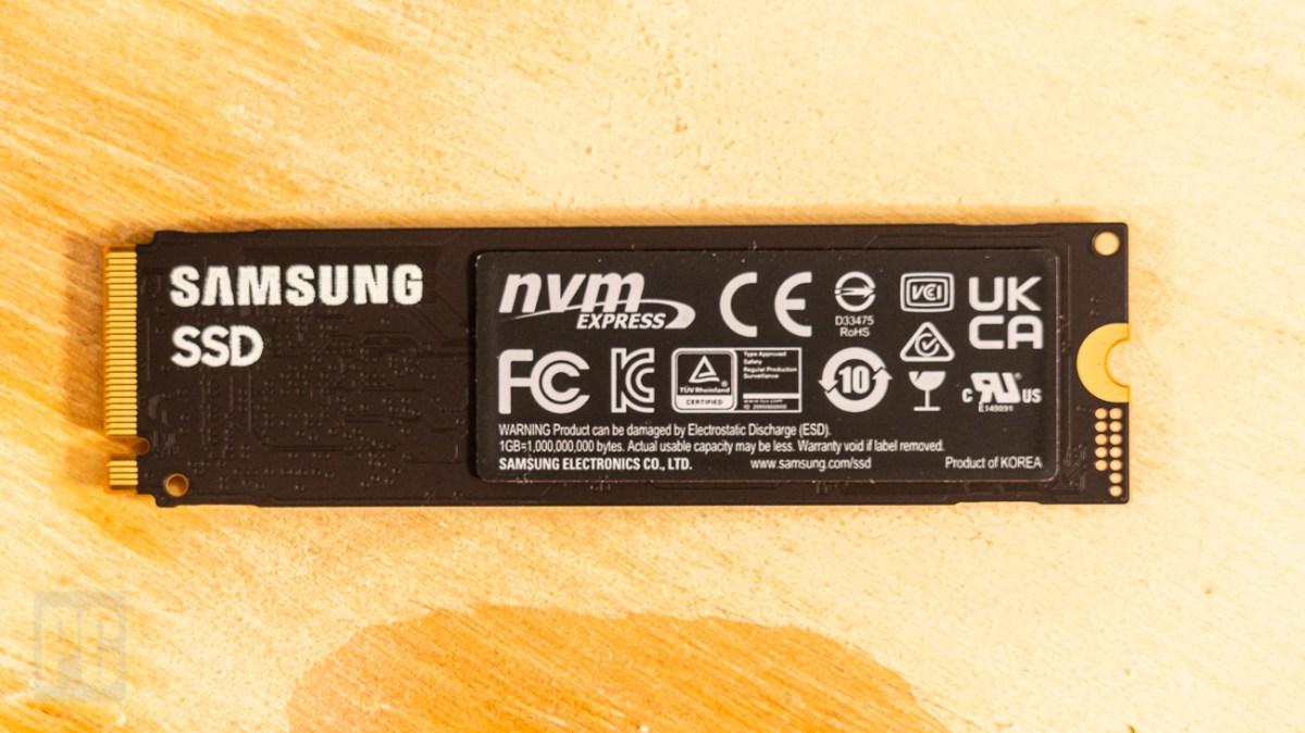 Samsung SSD 980 Under