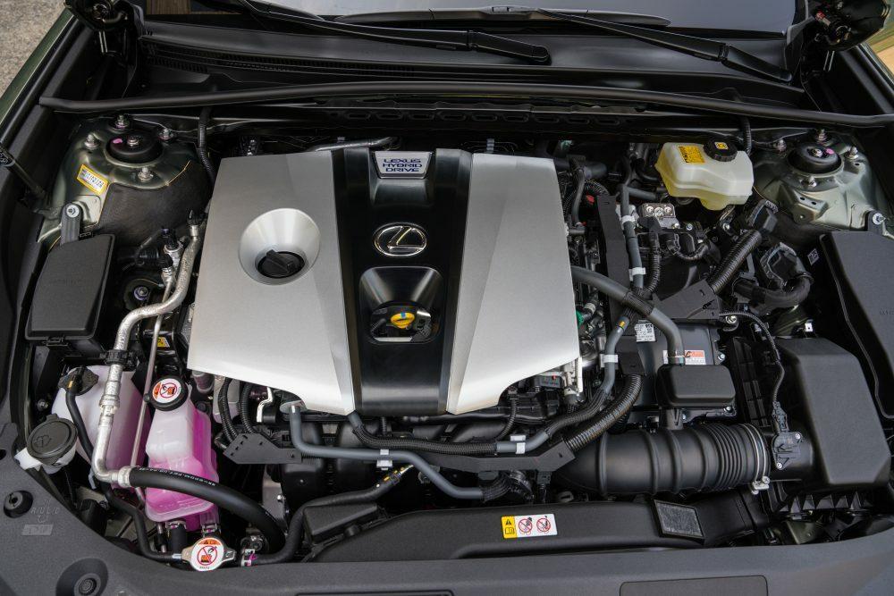 Двигатель Lexus ES 300h 2020 года выпуска