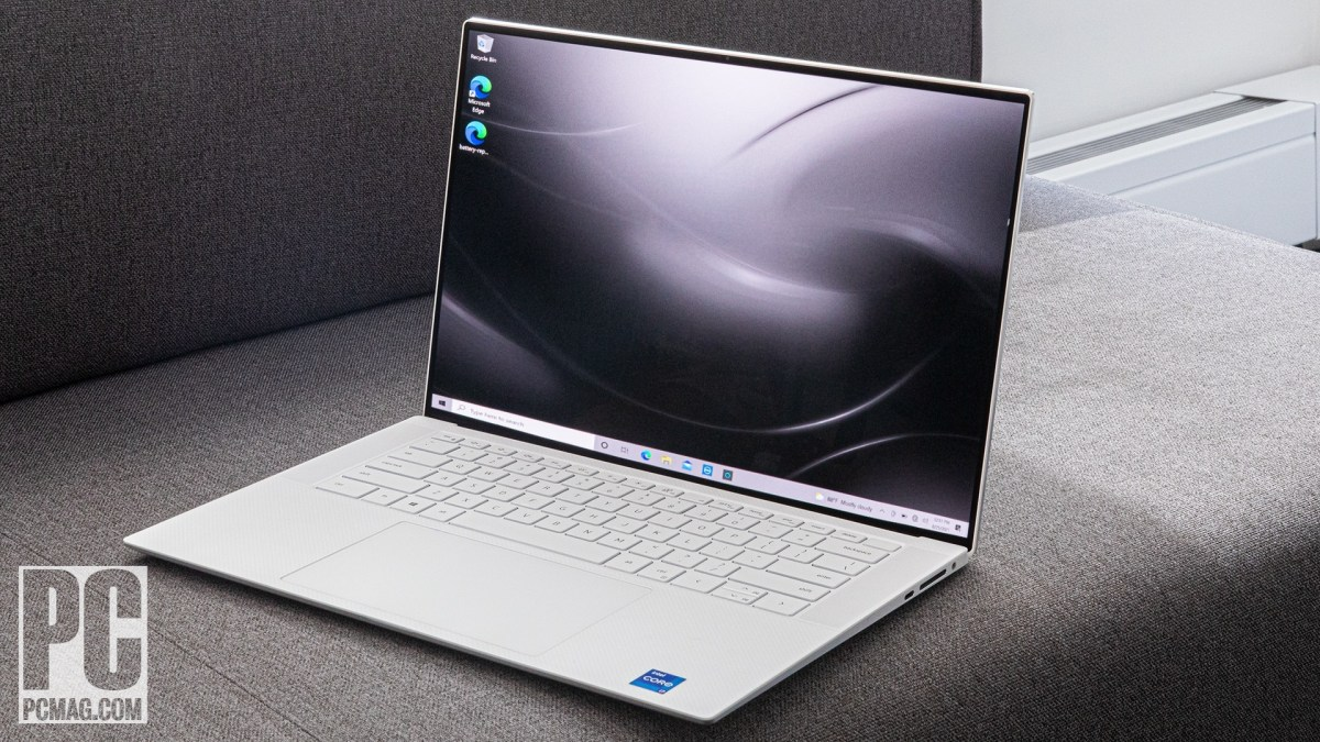 Dell XPS 15 OLED (9510) right angle