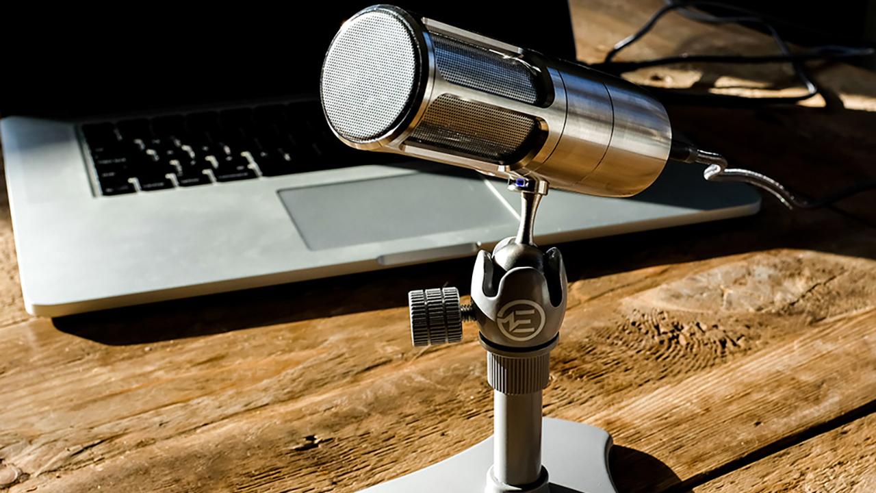 Значок аудио земляные работы на столе