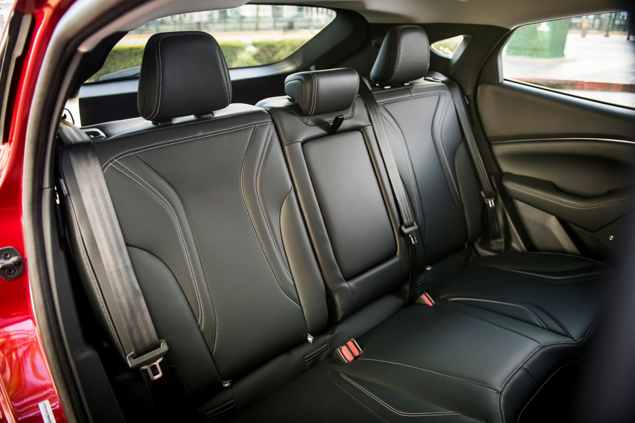 Кожаная обивка Ford Mustang Mach-E 2021 года