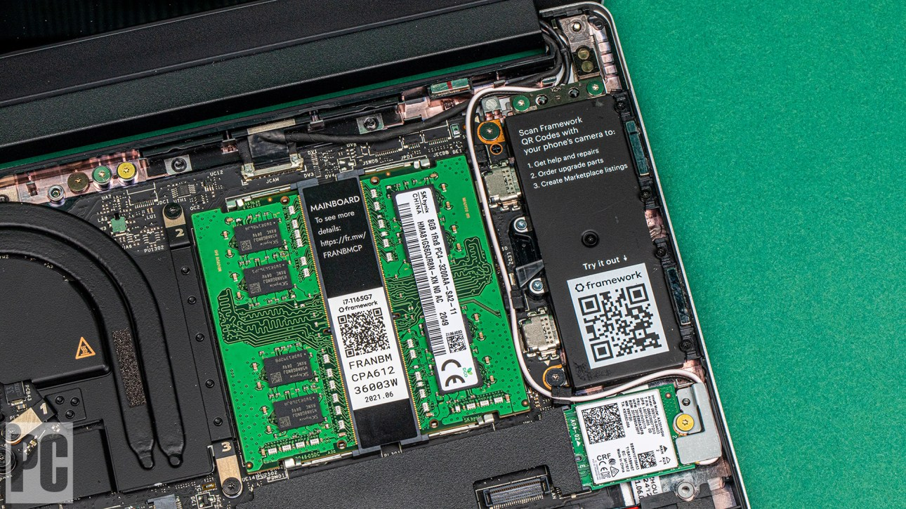 Слоты SO-DIMM для ноутбуков Framework