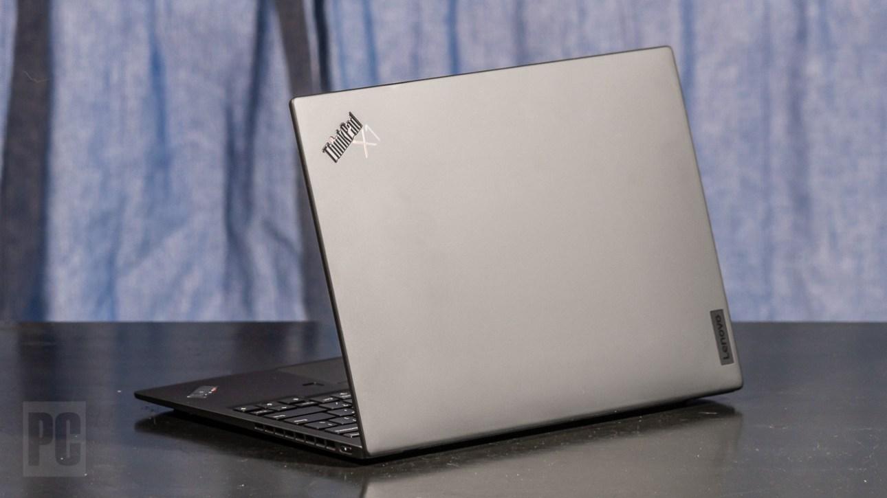 Lenovo ThinkPad X1 Nano, вид сзади