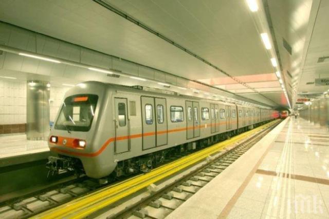 При инцидент в истанбулското метро пострада един човек -...