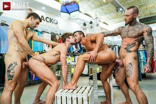Max, Dylan, Andy, And Drew's Hot, Sweaty Retail Trip