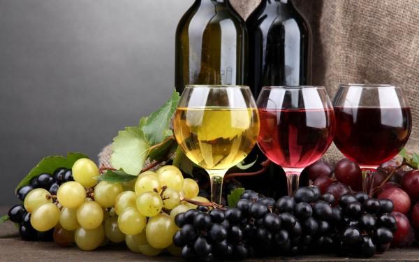 ar vynuogių sultys turi tokią pačią naudą kaip raudonasis vynas