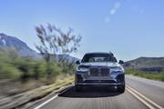 2020-BMW-X7-53