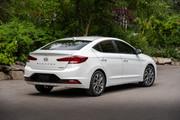 2020-Hyundai-Elantra-1