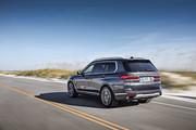2020-BMW-X7-62