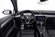 2020-Volkswagen-Passat-facelift-21