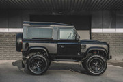 Land-Rover-Defender-Chelsea-Truck-Company-Vanguard-Edition-5