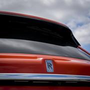 Rolls-Royce-Cullinan-in-Fux-Orange-5