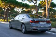 2020-BMW-7-Series-70