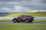 2020-Aston-Martin-DBX-2