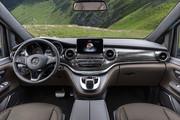 2020-Mercedes-Benz-V-Class-14