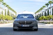 2020-BMW-7-Series-46