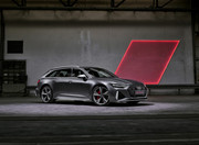 2020-Audi-RS6-Avant-1
