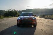 2021-Aston-Martin-DBX-23