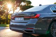 2020-BMW-7-Series-74