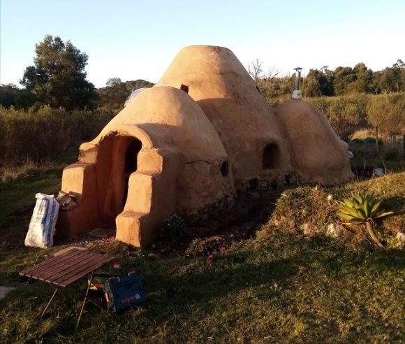 Hobbit dome home