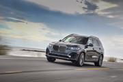 2020-BMW-X7-45