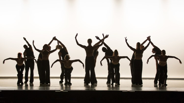 szabad és komoly tánc site